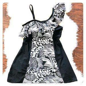 Other - Black & White Swim Dress Size Large